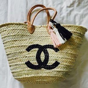 Handbags - NWOT Custom Painted Double Handle Beach Tote!!!